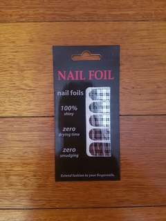 Nail Foil in Gingham