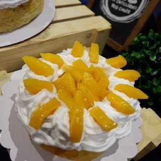 "8"" Cheesecake with free 5"" cheesecake 😊 Mango Cheesecake"