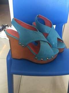 Sepatu heels/ wedges