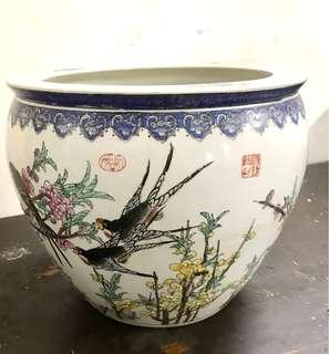 Vintage porcelain Flower pot