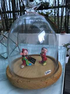 Dome glass display with solid wooden base
