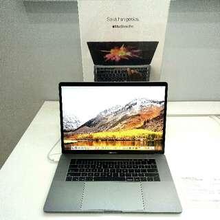"Macbook Pro Touchbar 15"" Kredit Tanpa kartu"