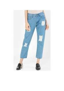 FREE POSTAGE FV Basics Ripped Boyfriend Jeans