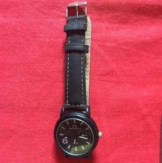 Jam Tangan Black