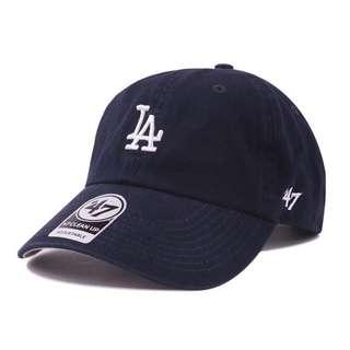 47brand棒球帽專櫃正品 鴨舌帽 老帽 黑底白字