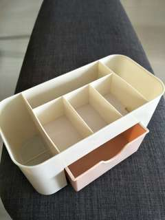 Drawer storage organiser for cosmetics/stationeries