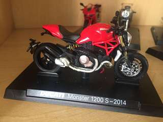 🚚 Ducati monster 1200 S -2014 杜卡迪重機模型