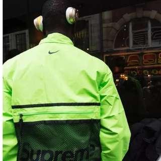 Supreme X Nike Trail Running Jacket 螢光綠S 超強聯名 小賈著用 【狀況】:全新正品