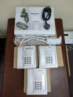 Panasonic KX-TES824 Hybrid PBX System Phone System 電話系統連三電話