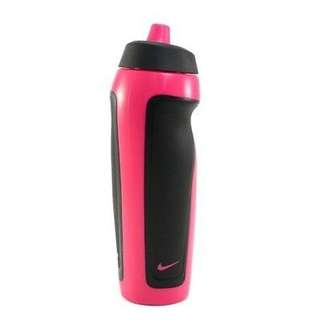 Nike sport water bottle with hang tag