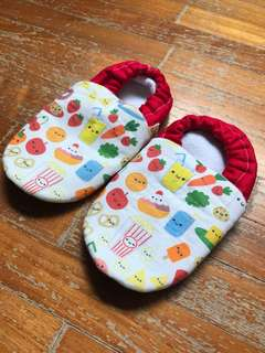 Brand new Greyson and Cole baby fabric shoes (14cm)