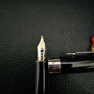 Parker Sonnet 18k 2 Tone Nib Fountain Pen. New, never used