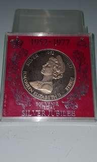 H M Queen Elizabeth (Souvenir Medal)