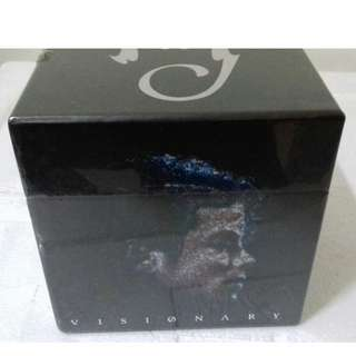 Michael Jackson Visionary dual CD box set,  Thriller CD single Just 1 CD promo rare First Pressing