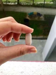 Ivory glass leklAi capsule