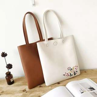 [PO] Floral Embroidery Tote Bag