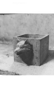 Geometric Wolf 🐺 Concrete Pot