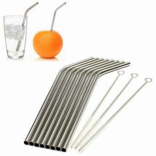 Reusable stainless straw with cleaning brush