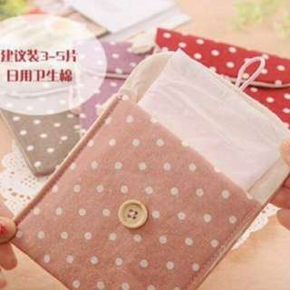 Sanitary napkin purse