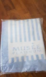 Musee platinum Tokyo hand/face towels - Brand new
