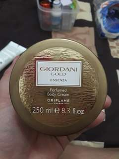 Body Cream Giordani gold
