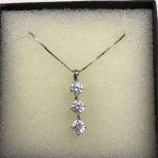 Mother's Day gift. Brand new zirconia 3 pc diamond pendant