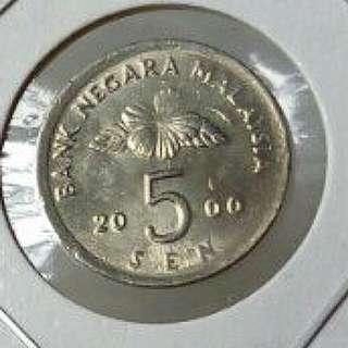 Malaysia Off Center Coin 5 Sen 2000 free post