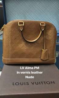 LV Alma PM Vernis Leather - soft pink/nude