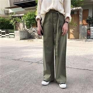 🚚 全新軍綠附皮帶寬褲