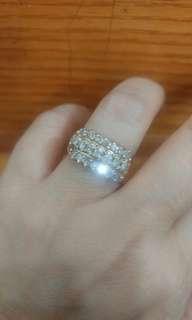 Berlian medan - Cincin baris 3 tingkat