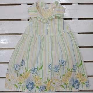 Cute sleeveless summer dress