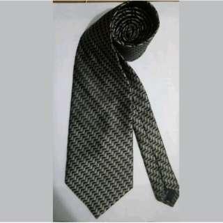 MA133 Joseph & Feiss Silk Necktie / Cravat