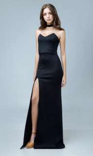 ZOO ALEGRA Pointed Tube Dress with High Slit