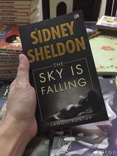Novel: The Sky is Falling by Sidney Sheldon (Indonesia)