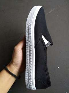 Sneakers Slip on for Women (2Pairs;1Whiteand1Black)