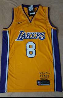 Kobe Lakers Retirement