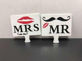 結婚用品 MR. Mrs 影相道具