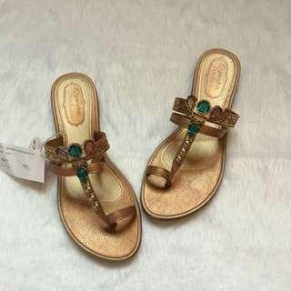 Grendha gold sandals size 7