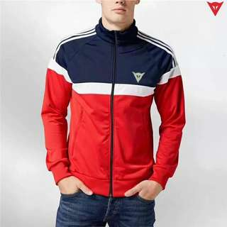 Sweater Dainese Merah