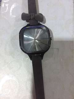 Abijah Gray Watch with Bow