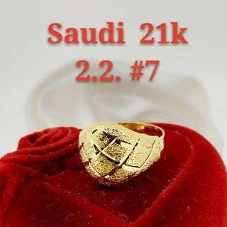 "WOMEN'S 21K SAUDI GOLD RINGS ...>..<;,:"""