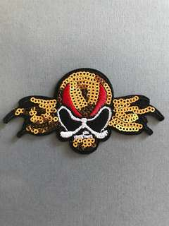 Bn skull iron/sew on sequins patch