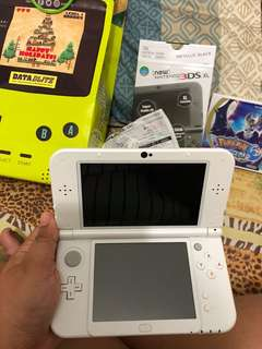 Nintendo 3DS XL *4months old only