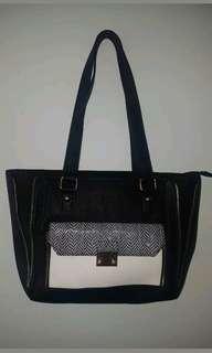 Maikai black handbag