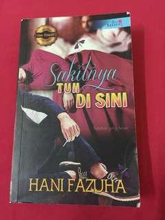 Novel Melayu Sakitnya Tuh Disini