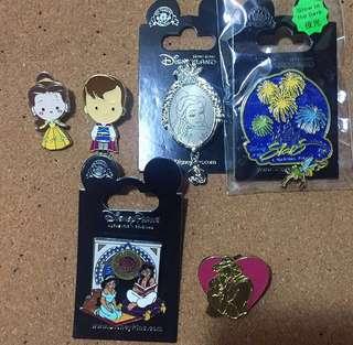 Disney pins迪士尼樂園襟章