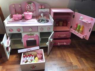 Mother Garden Strawberry Kitchen Set