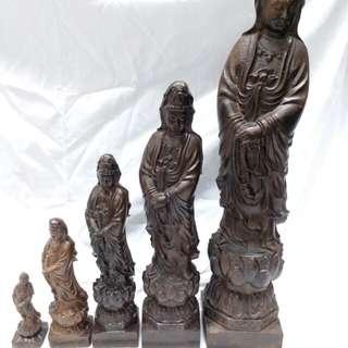 一手5個沉香木雕觀音,4,6,8,11,15 吋, 清貨價 總共賣1380元。 單個價錢另議