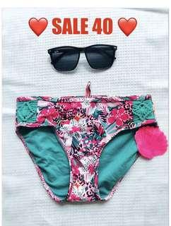 Swimsuit / Swimwear / Bikini bottoms