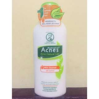 Acnes Milk Cleanser Oil Control